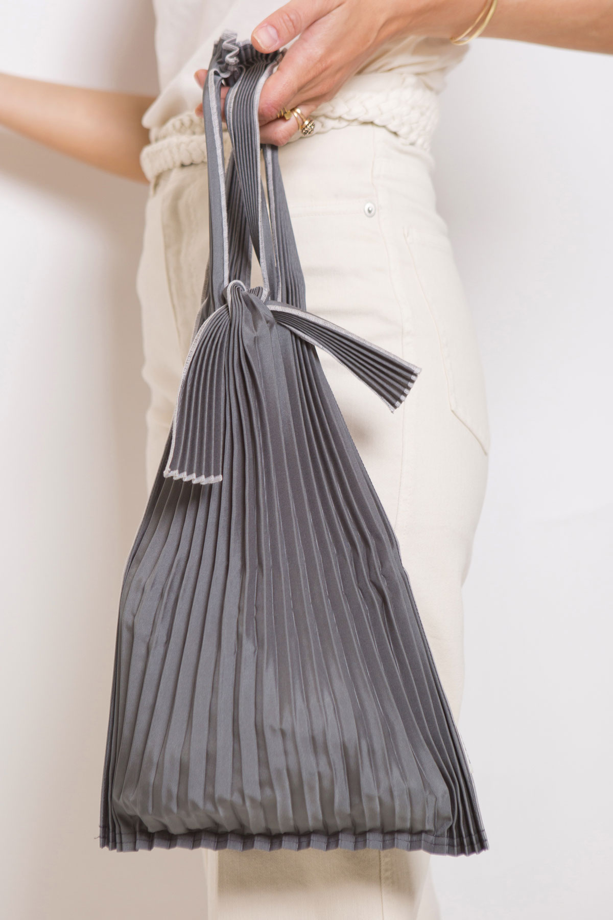 pleaco-pleated-bag-japanese-europe-buy-matchboxathens