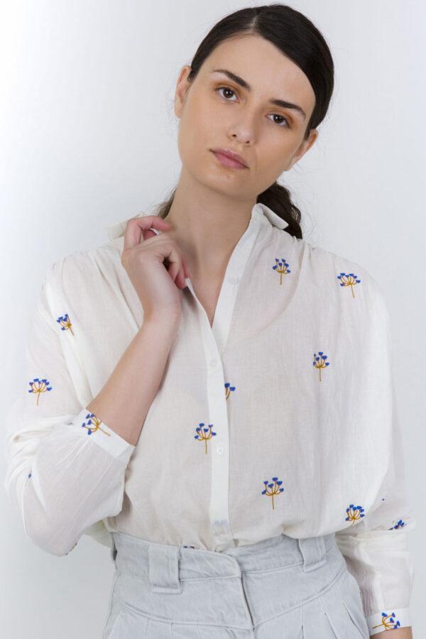 white-shirt-floral