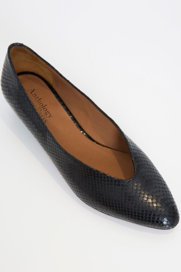 abbie-flats-anthology-paris-black-matchboxathens