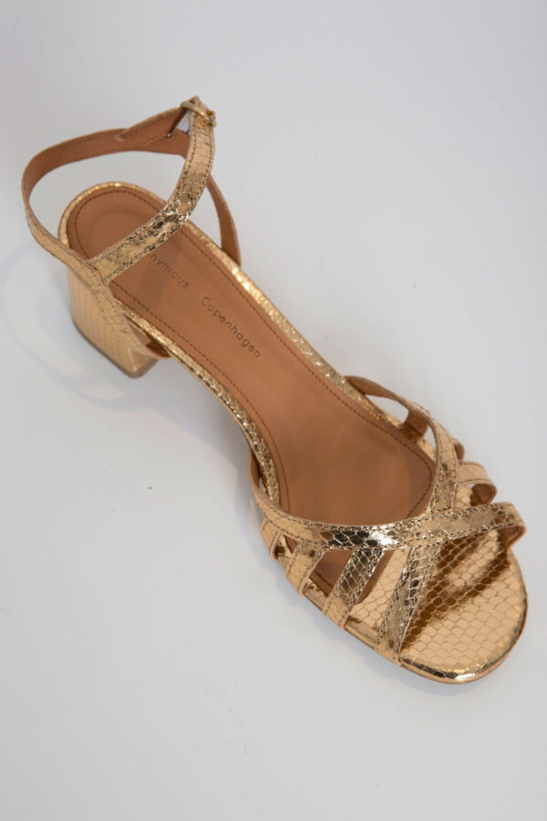 iisi-gold-sandal-anonymous-copenhagen-matchboxathens