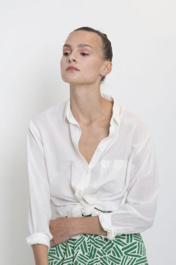 white-shirt-matchboxathens-sacrecoeur