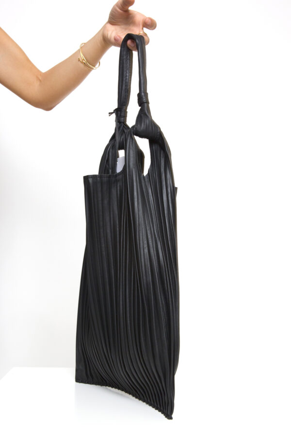 anita-bilardi-pleated-leather-shoulder-bag-matchboxathens