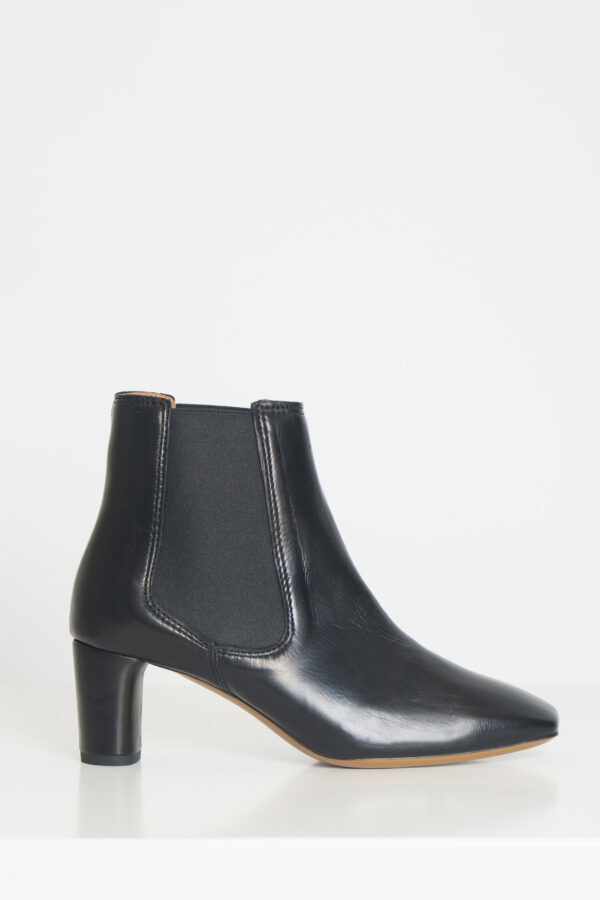 dreami-black-leather-booties-anonymous-copenhagen-matchboxathens