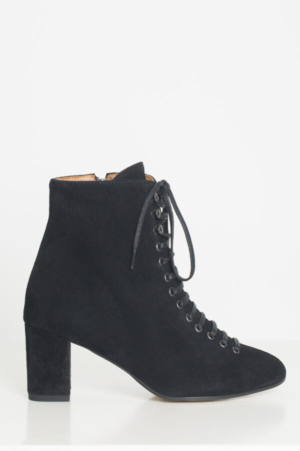 theressa-anonymous-copenhagen-lace-ankle-boots-suede-matchboxathens