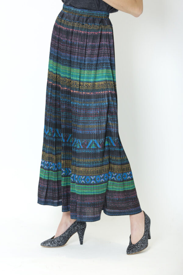 moonrise-skirt-mesdemoiselles-pleated-colorful-matchboxathens