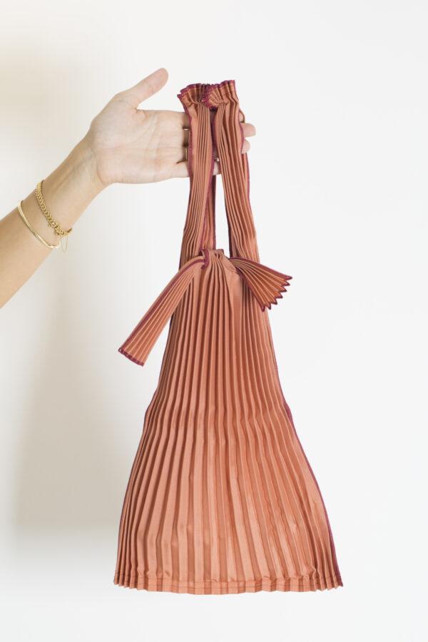 tote-small-brick-red-pleats-pleco-matchboxathens