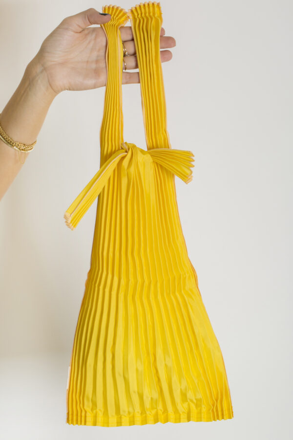 tote-small-yellow-pleats-pleco-matchboxathens