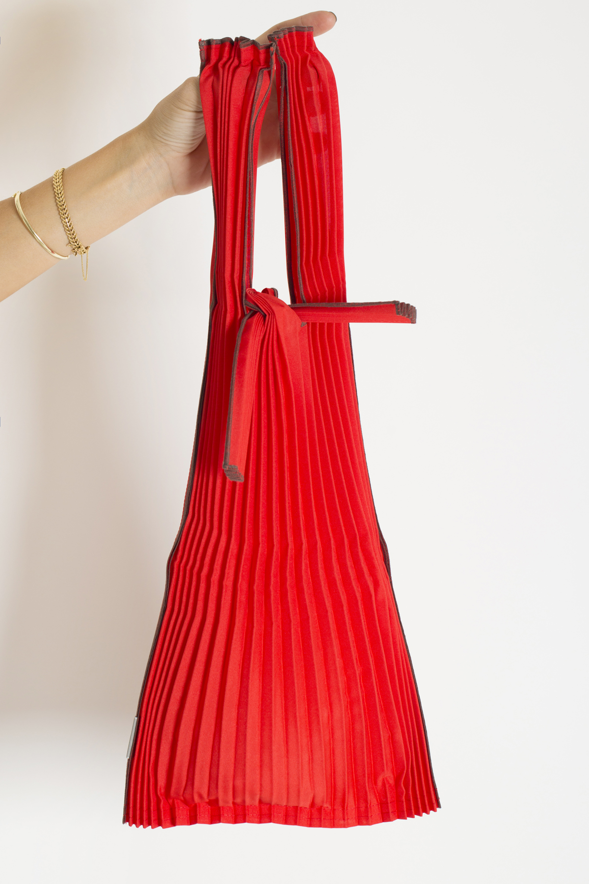 tote-small-red-pleats-pleco-matchboxathens