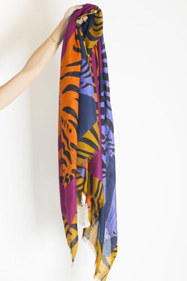iris-jacques-scarf-blue-cashmere-inouitoosh-matchboxathens