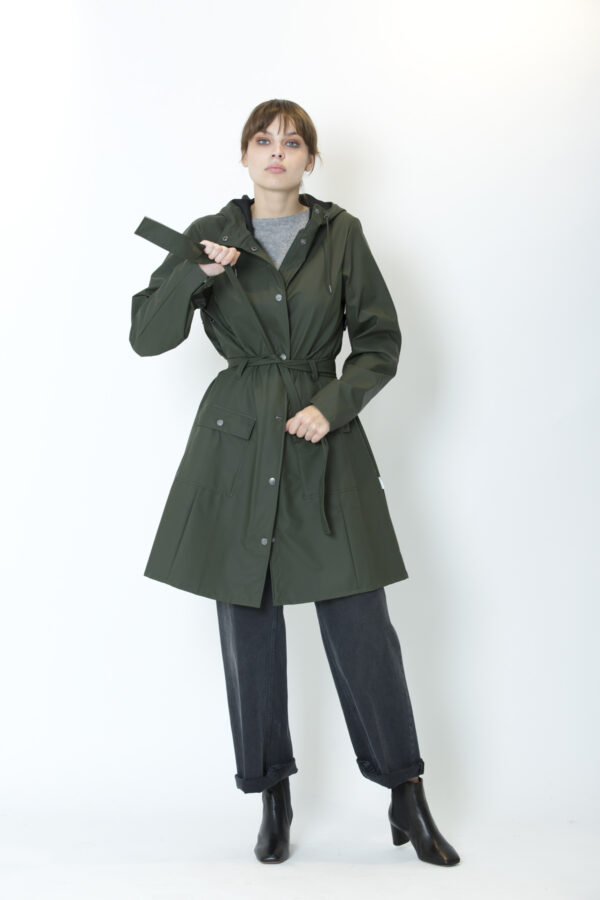 curve-green-jacket-rains-raincoat-matchboxathens