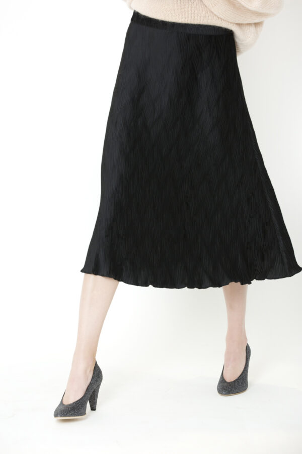 ella-wave-skirt-black-twist-tango-matchboxathens