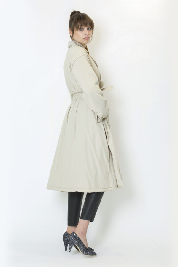 burburry-coat-mesdemoiselles-milk-trench-matchboxathens