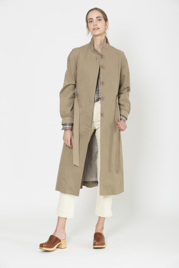 roxie-trench-coat-tan-uniforme-matchboxathens