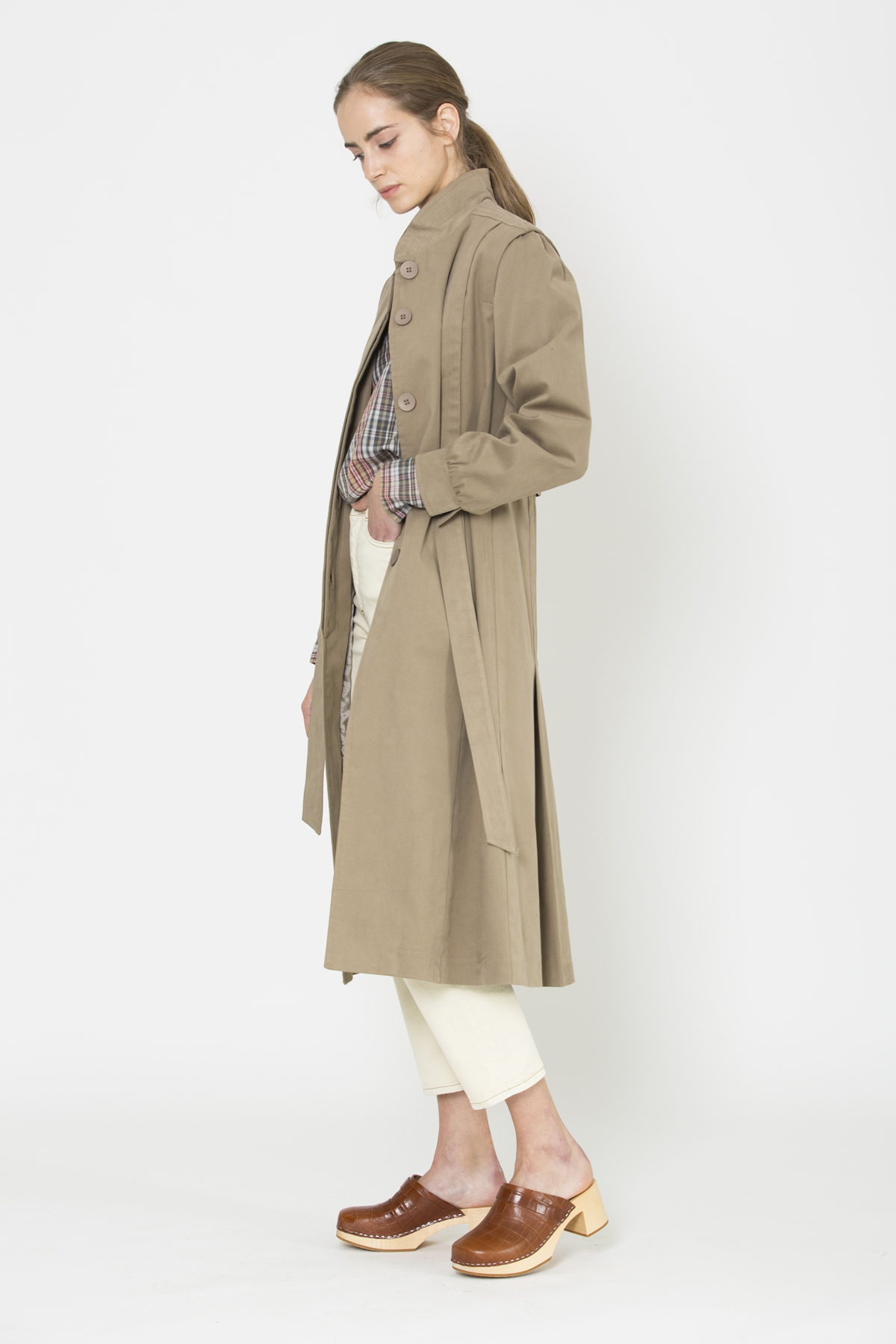 roxie-trench-coat-tan-uniforme-matchboxathens