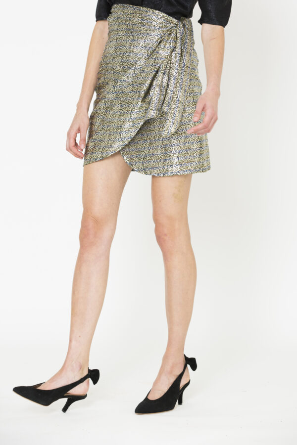 linda-wrap=male-skirt-uniforme-matchboxathens