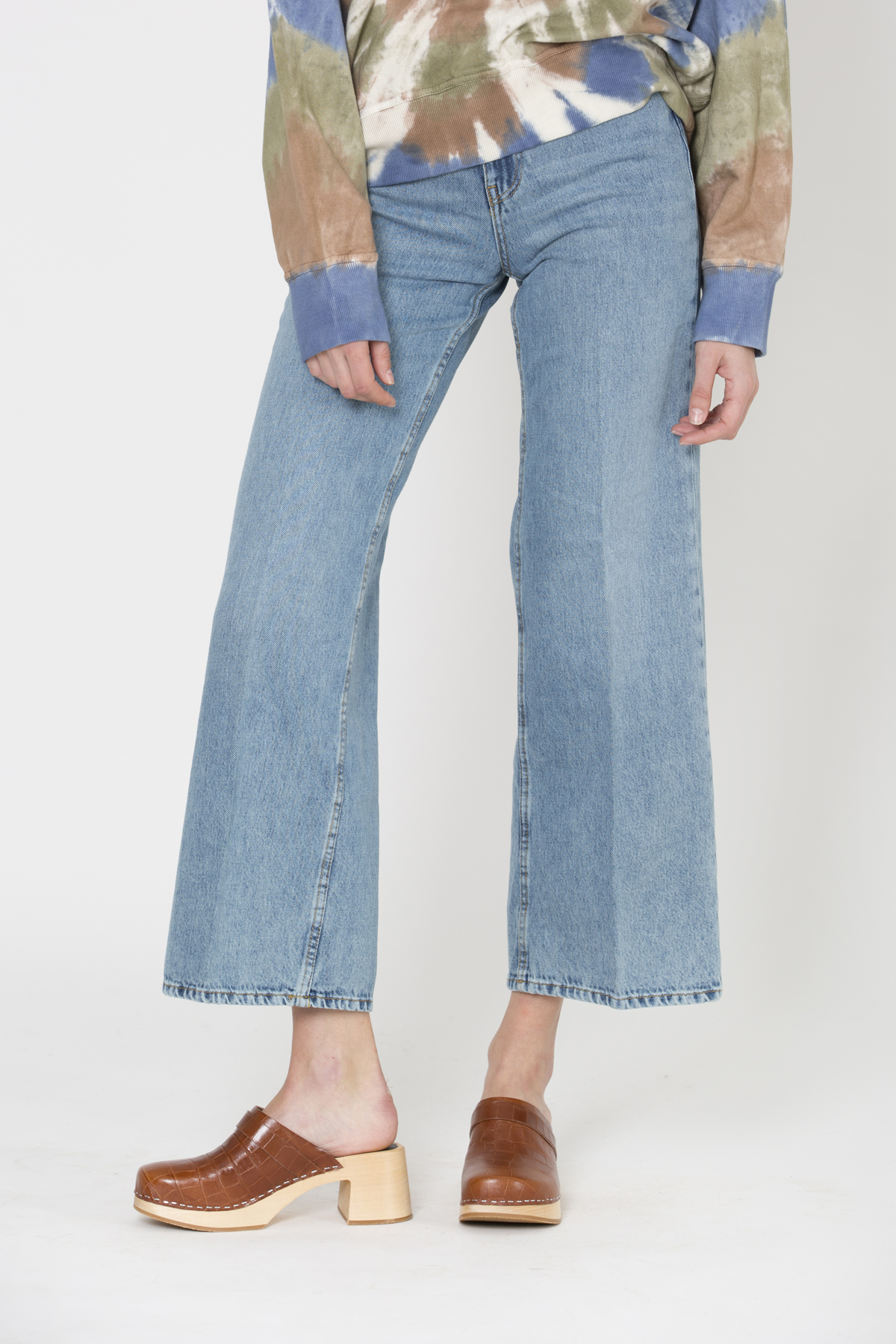 ellieh-washed-denim-jeans-reico-wide-high-waisted-matchboxathens