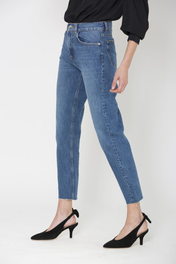hypnosis-blue-jeans-high-rise-straight-iro-matchboxathens