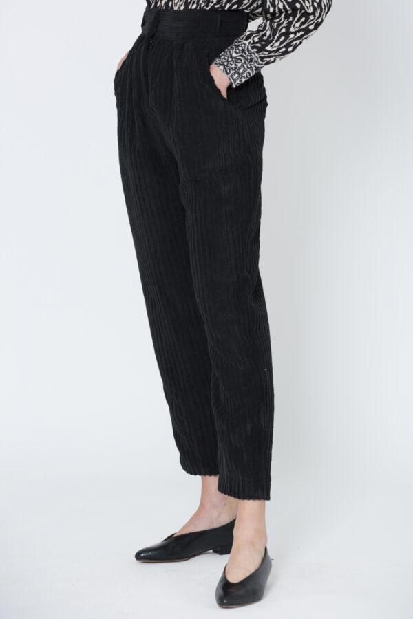 thelma-corduroy-pants-black-uniforme-high-waist-matchboxathens