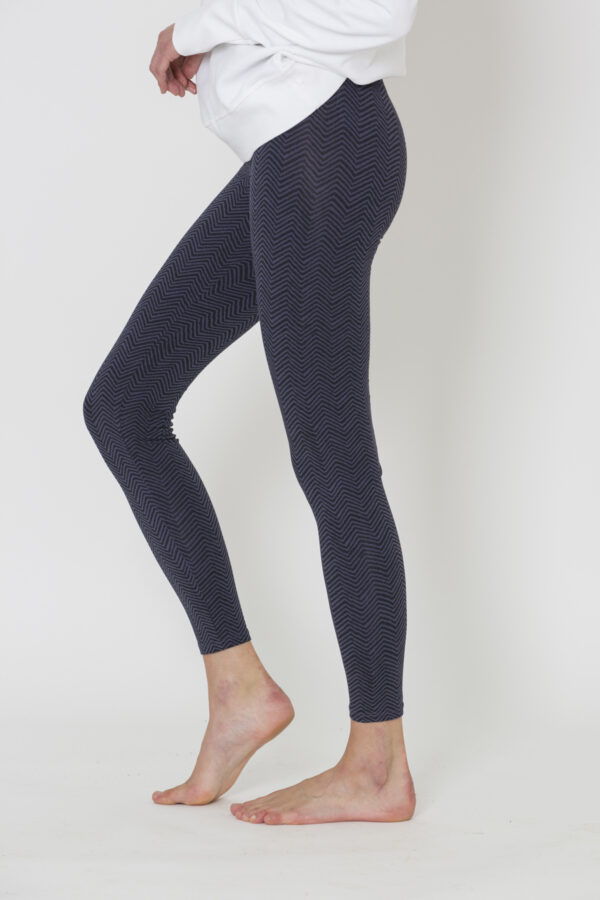 herringbone-purple-leggings-deha-organic-cotton-slim-fitting-matchboxathens