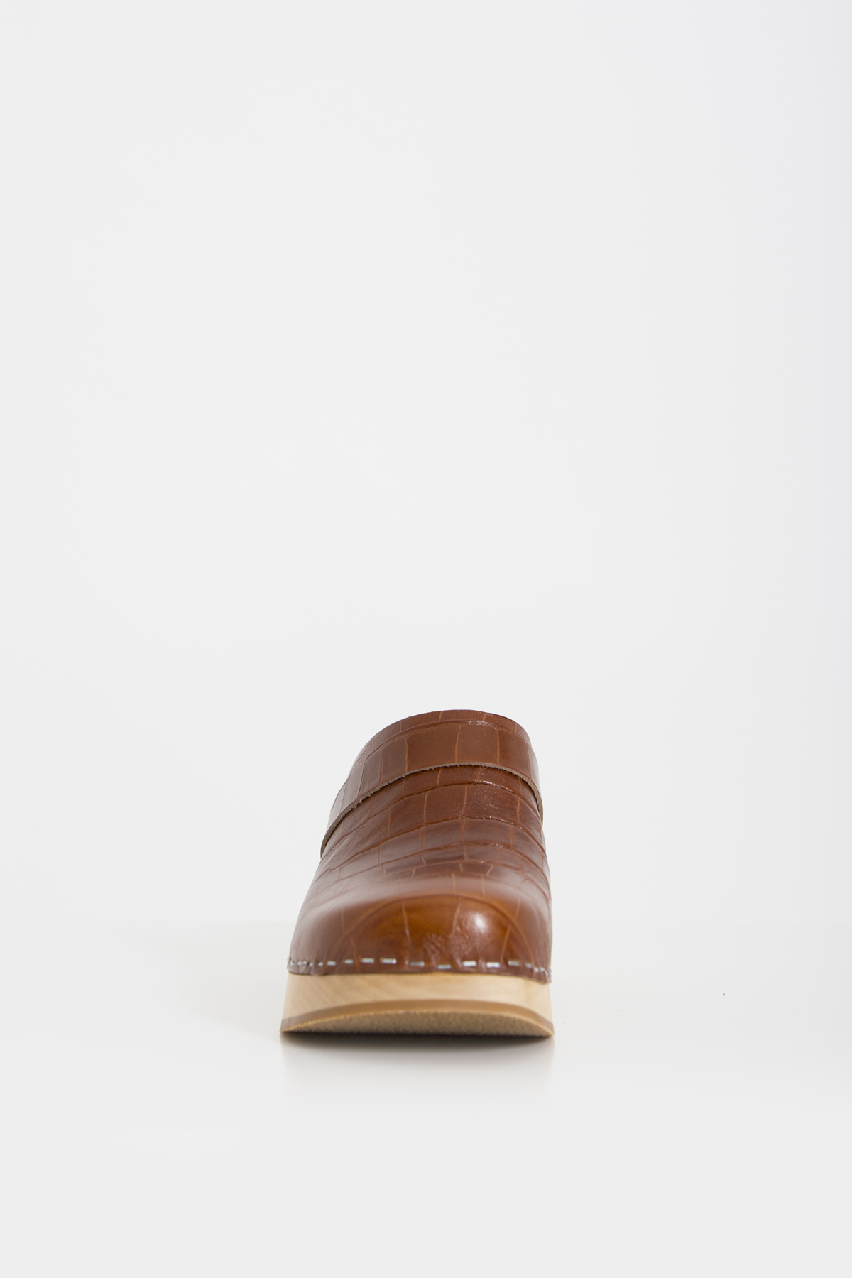 gadny-croc-clogs-cognac-swedish-hasbeens-matchboxathens