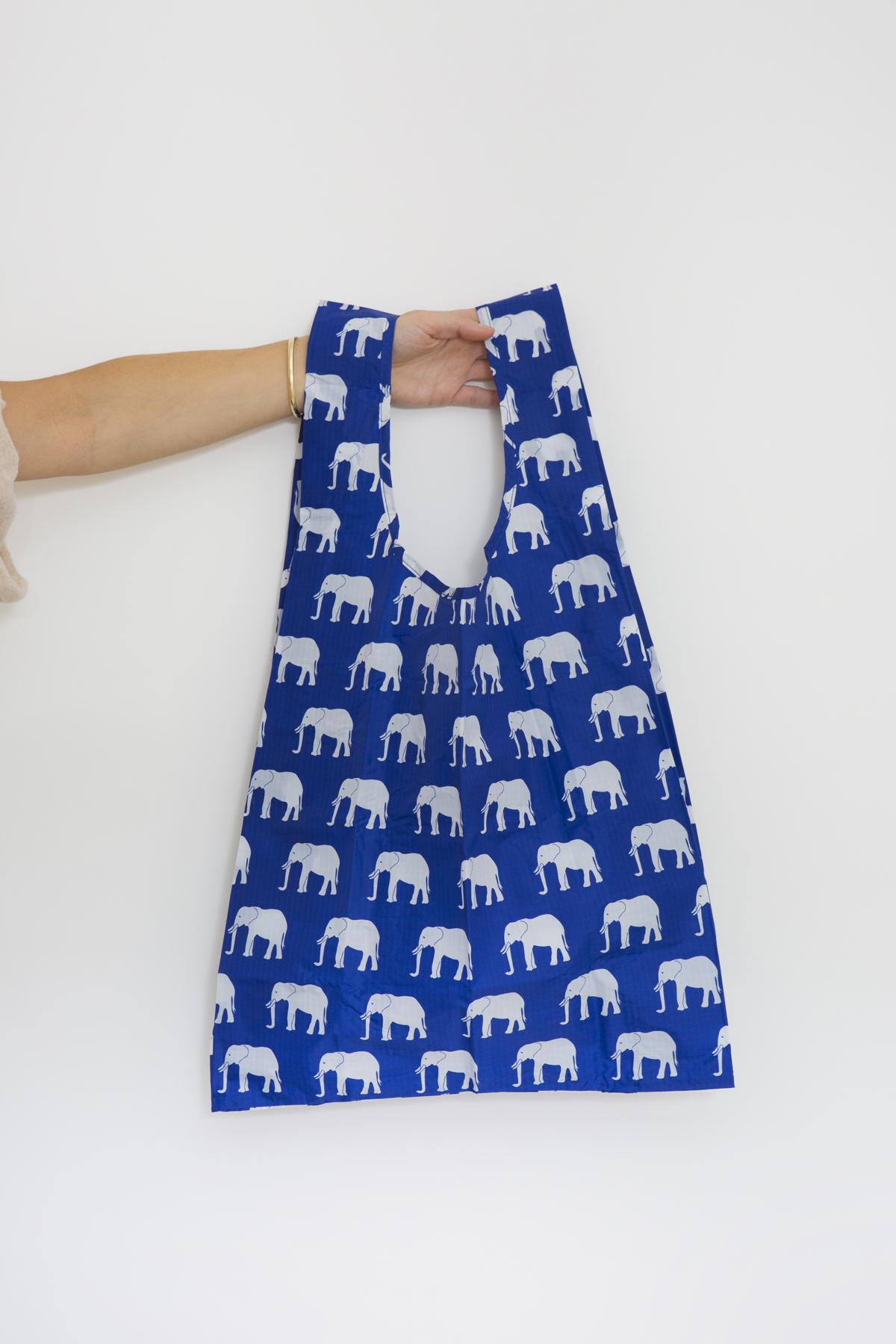 standard-bag-elephant-blue-shopping-nylon-eco-friendly-baggu-matchboxathens