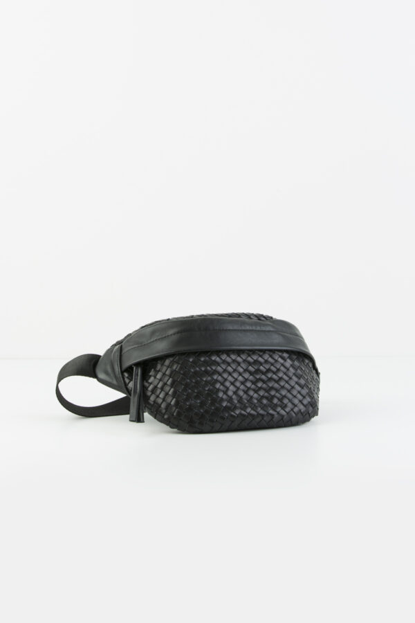 bum-bag-belt-leather-handmade-black-claramonte-matchboxathens