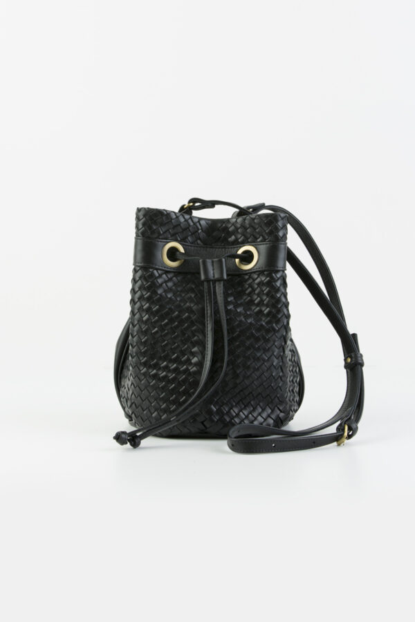 bosphore-bucket-leather-weaved-bag-black-claramnte-matchboxathens