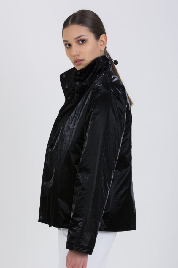 drifter-track-black-jacket-rains-matchboxathens
