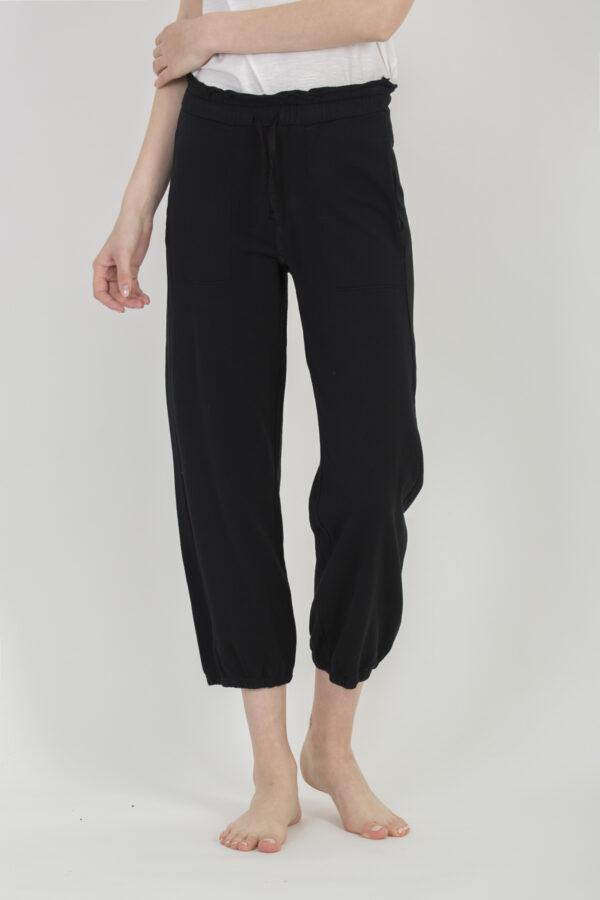 cropped-black-cotton-sweatpants-deha-matchboxathens
