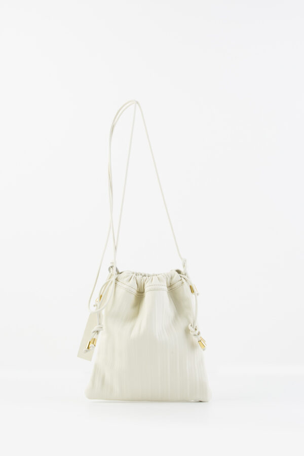 pocket-pleated-leather-off-white-bag-anita-billardi-matchboxathens