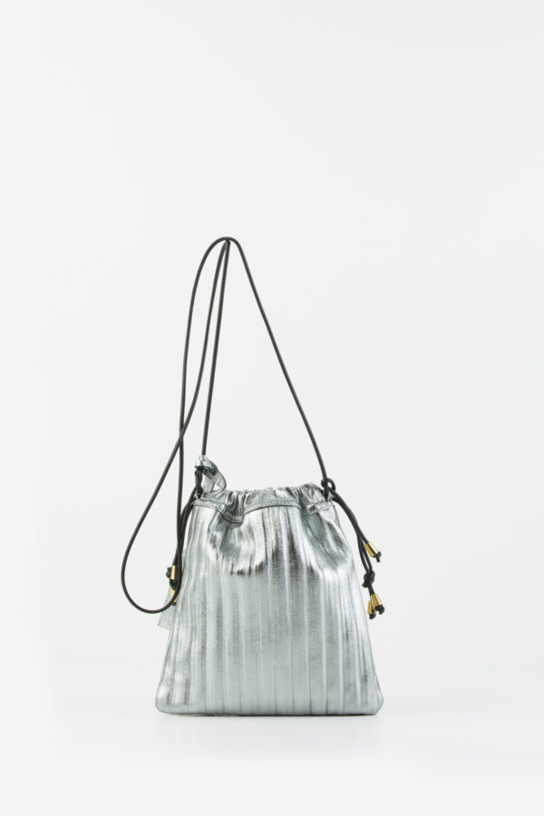 pocket-pleated-leather-silver-bag-anita-billardi-matchboxathens