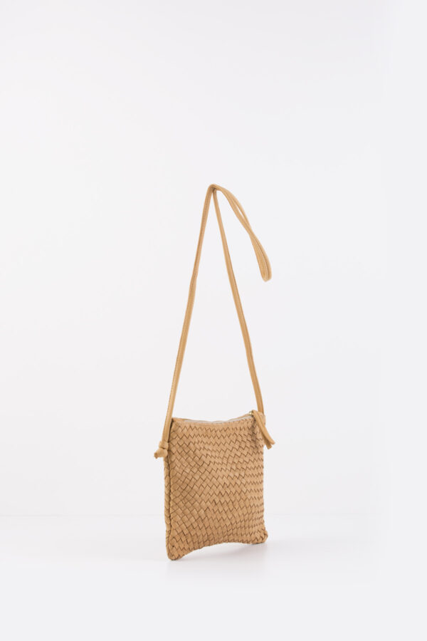 clutch-purse-bag-camel-claramonte-leather-matchboxathens