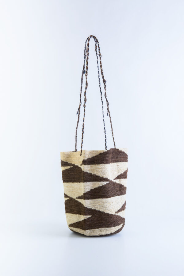 enamorada7-basket-bag-cactus-fibre-raphia-narural-unique-maison-badigo-matchboxathens