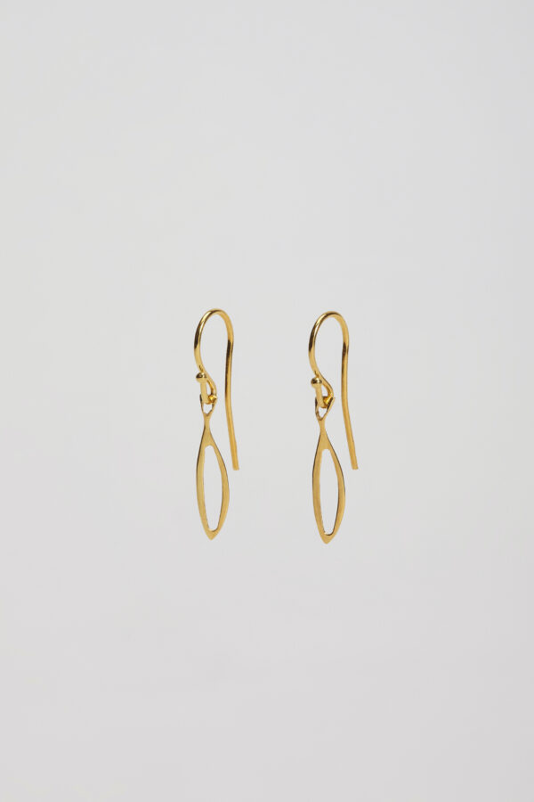 gold-plated-small-fish-earrings-kimale-matchboxathens