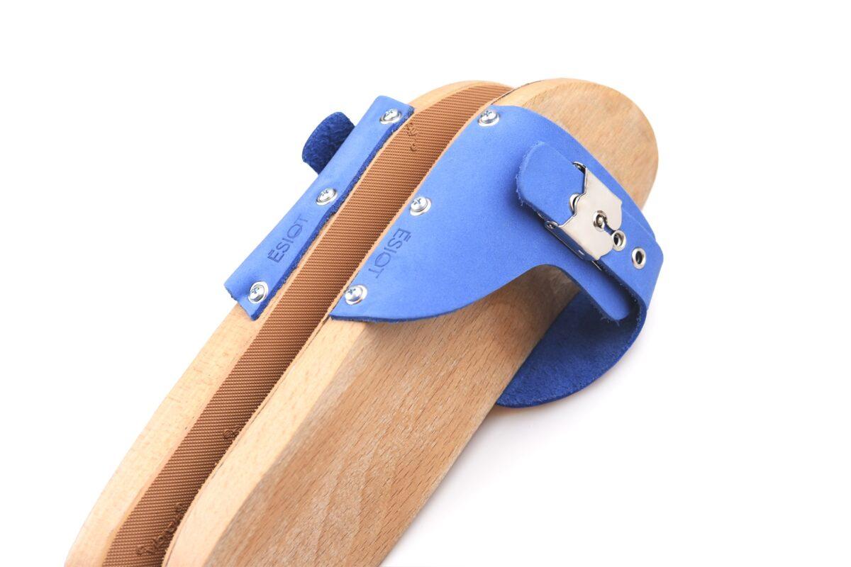 blelimanaki-blue-jeans-wooden-sandals-esiot-matchboxathens