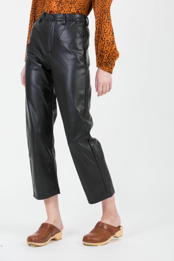 sandy-black-leather-pants-reiko-matchboxathens