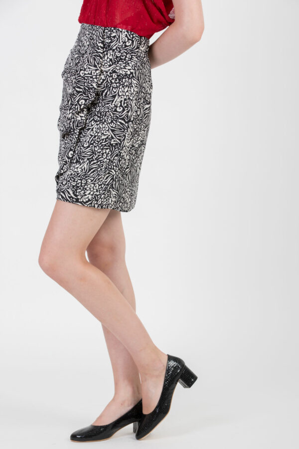 farah-black-white-skirt-ruffles-suncoo-mini-matchboxathens