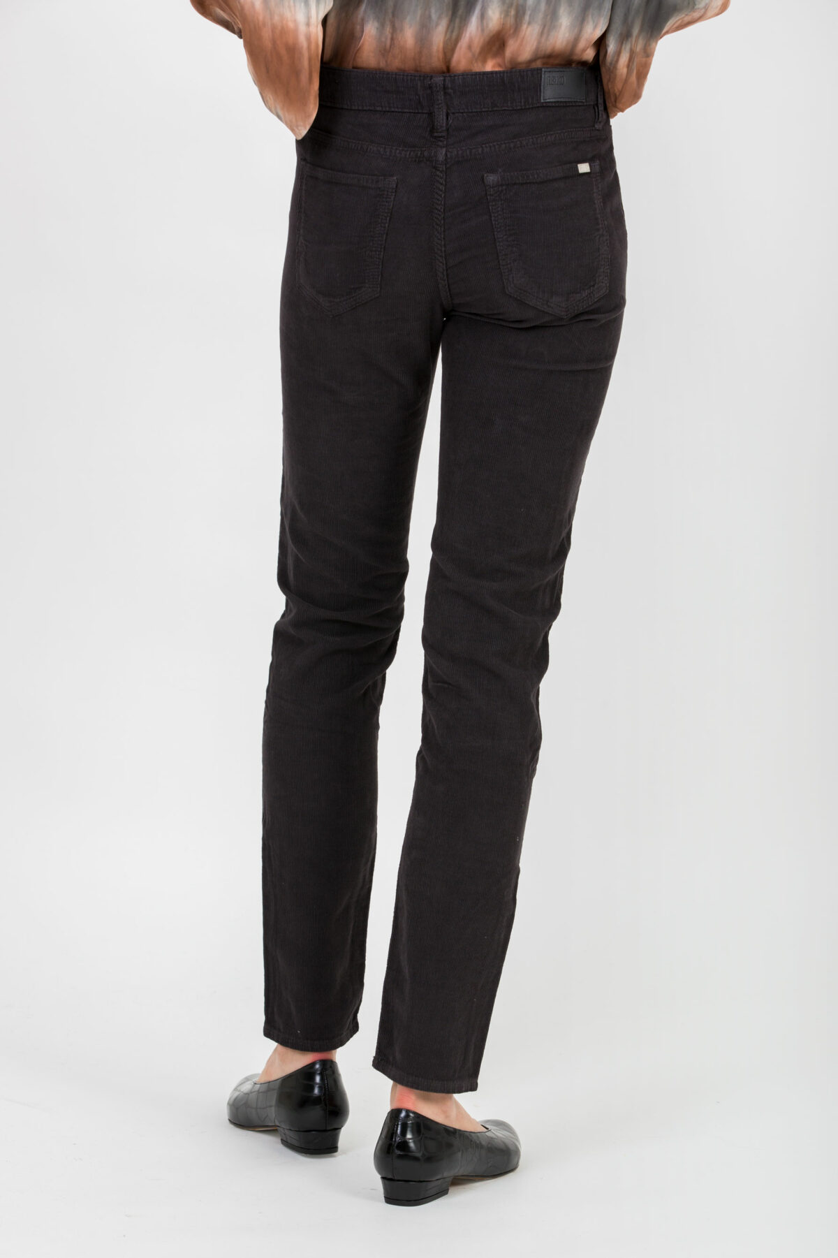 nelly-skinny-mid-rise-carbone-trousers-reiko-matchboxathens