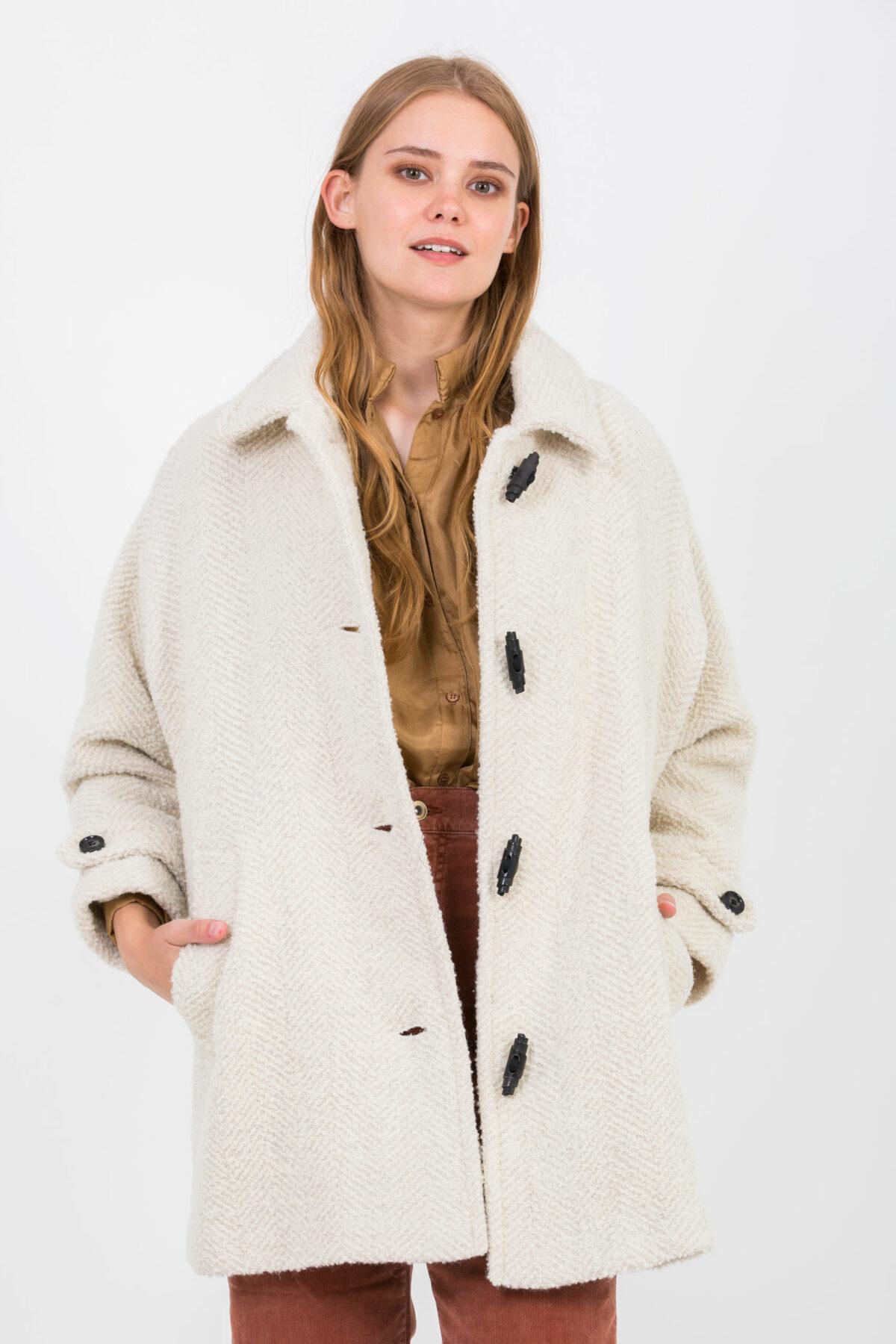 Nordfjord-coat-beige-herringbone-sessun-matchboxathens
