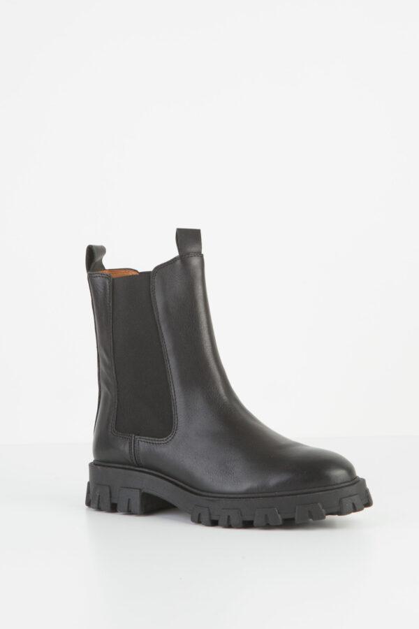 laurell-boots-high-leather-black-anonymous-Copenhagen-matchboxathens