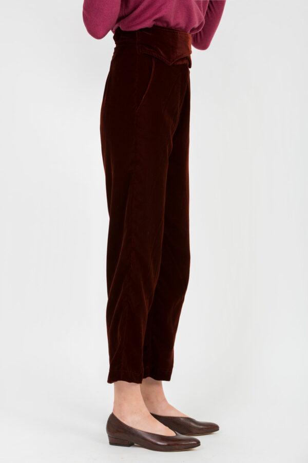 lupita-terracotta-velvet-pants-high-waist-uniforme-athens-matchboxathens